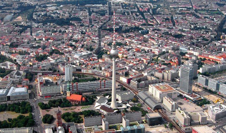 Berlin: In welchem Bereich sollte in den kommenden Jahren vorrangig investiert werden?