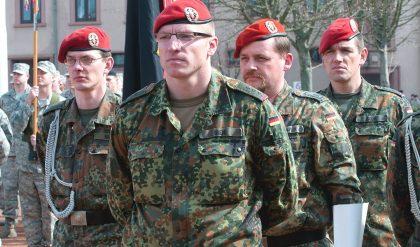 Soll der deutsche Staat seine Verteidigungsausgaben erhöhen?