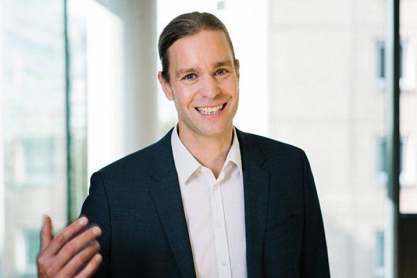Steffen Braun zeigt, wie Sie Ihre Kommunikation mithilfe von Civey verbessern